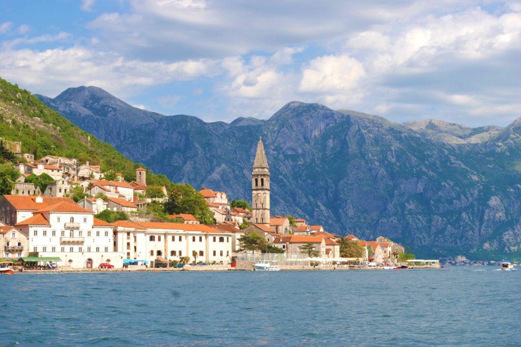 montenegro baia di kotor perast campanile