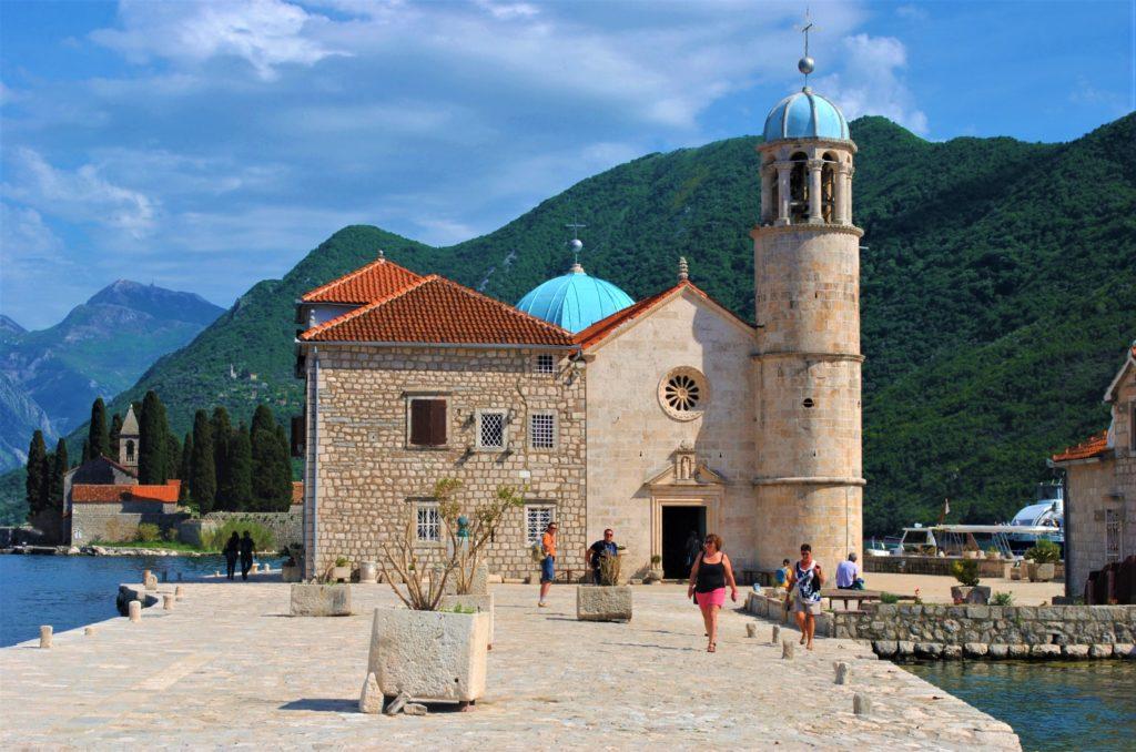 montenegro baia di kotor chiesa madonna dello scalpello
