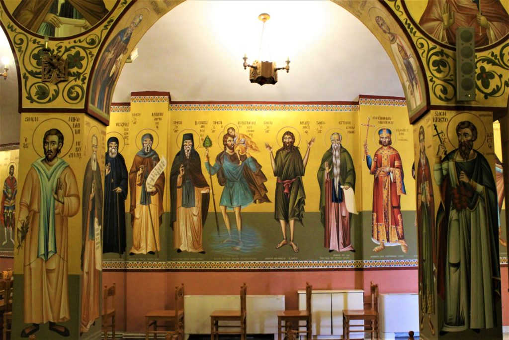 albania korça cattedrale ortodossa interni