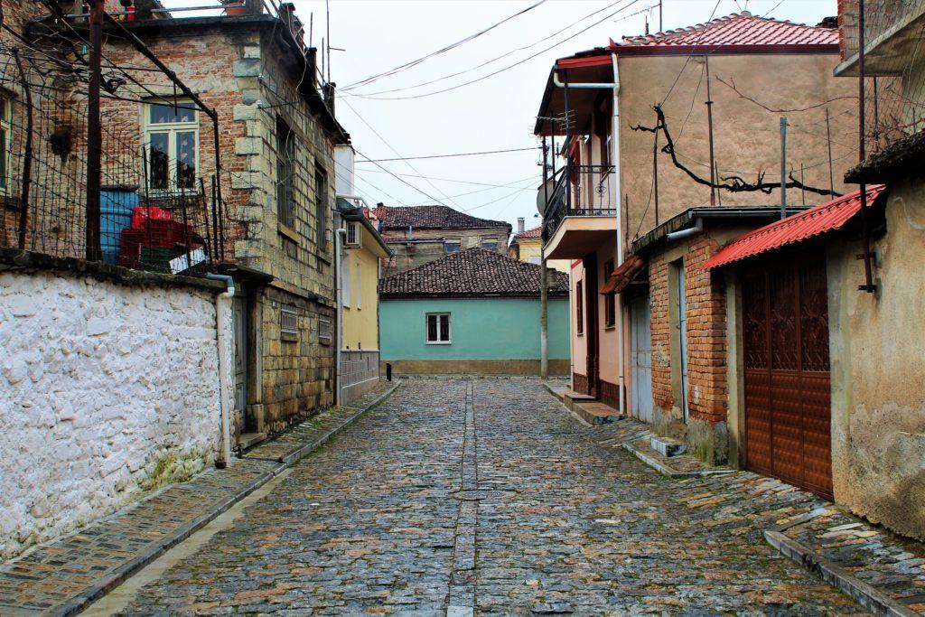 albania korça strada tipica