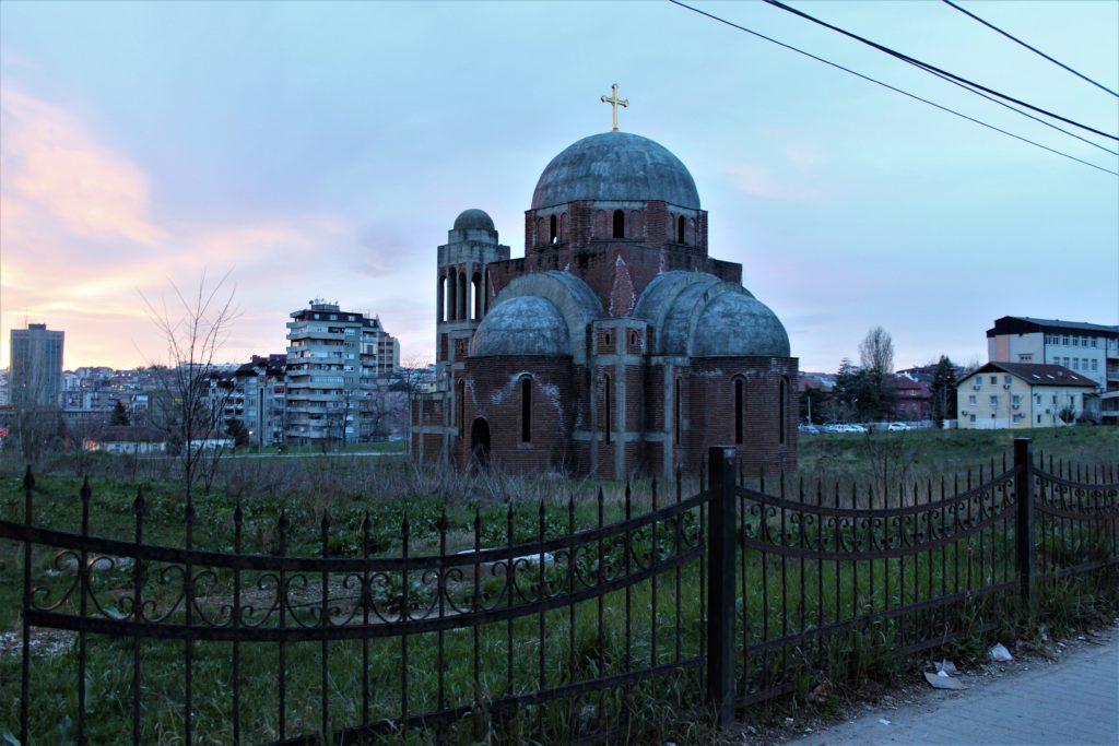 kosovo pristina chiesa serbo ortodossa abbandonata