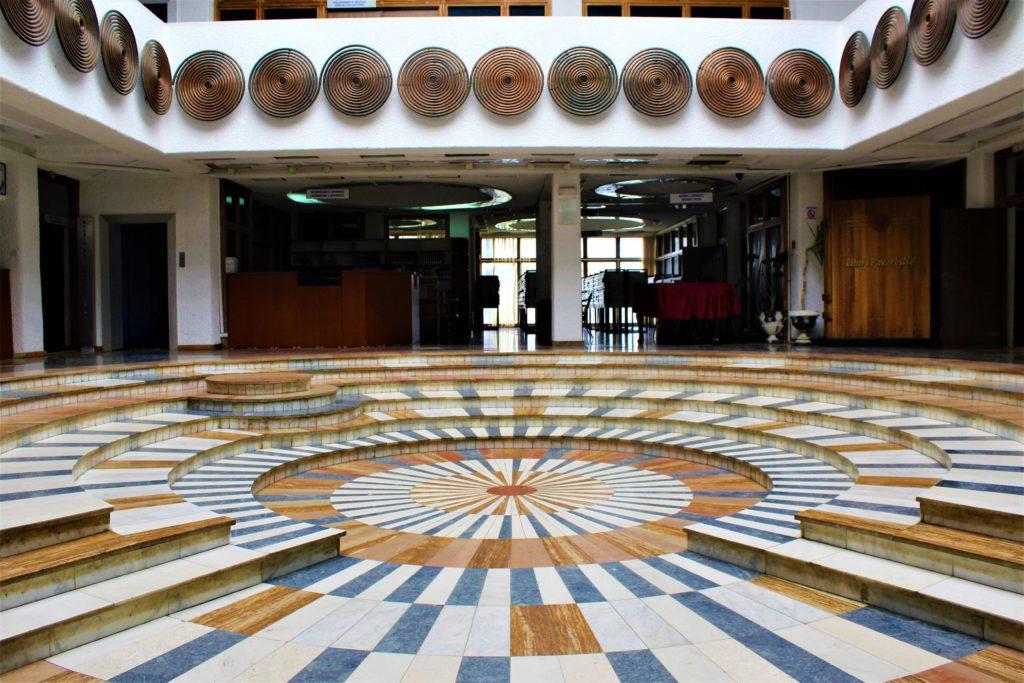 kosovo pristina interno biblioteca nazionale
