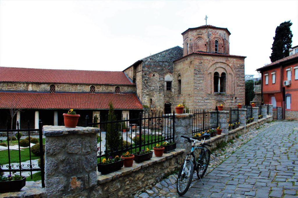 macedonia ohrid cattedrale santa sofia bicicletta