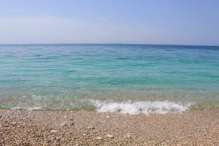 albania dhërmi acque cristalline azzurro