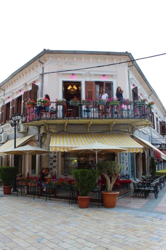 albania scutari caffè pedonalja