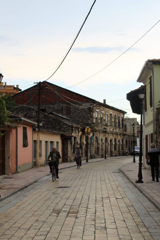 albania scutari centro storico case abbandonate